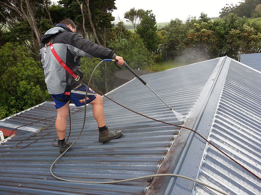 roof-painters-auckland